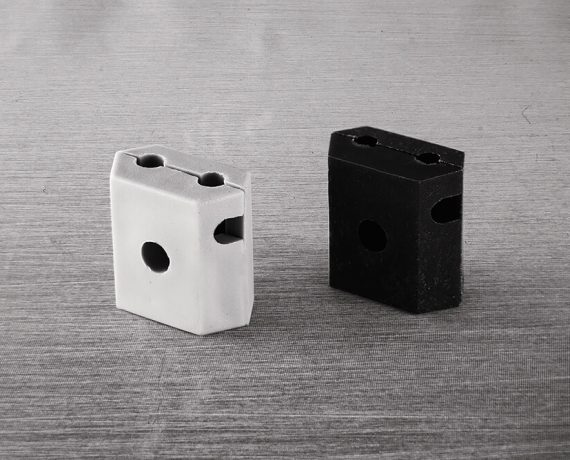 Łącznik siatki panelowej - plastikowy